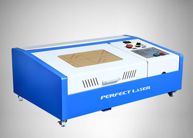 China 50w/40w Co2-Lasergraveur/Mini de Gravuremachine van de Laser Rubberzegel leverancier